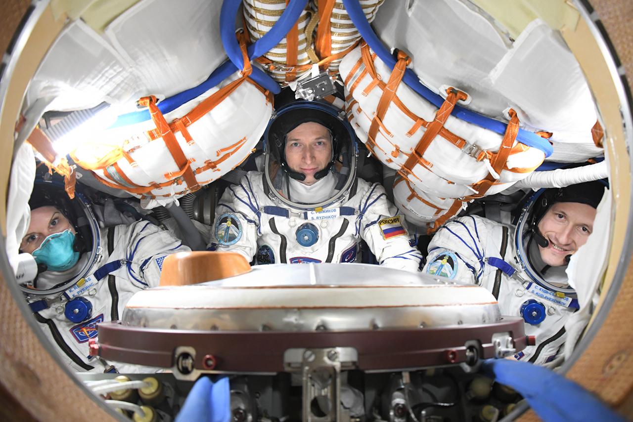 На Байконуре - первый день тренировочных занятий для экипажа МКС-64
