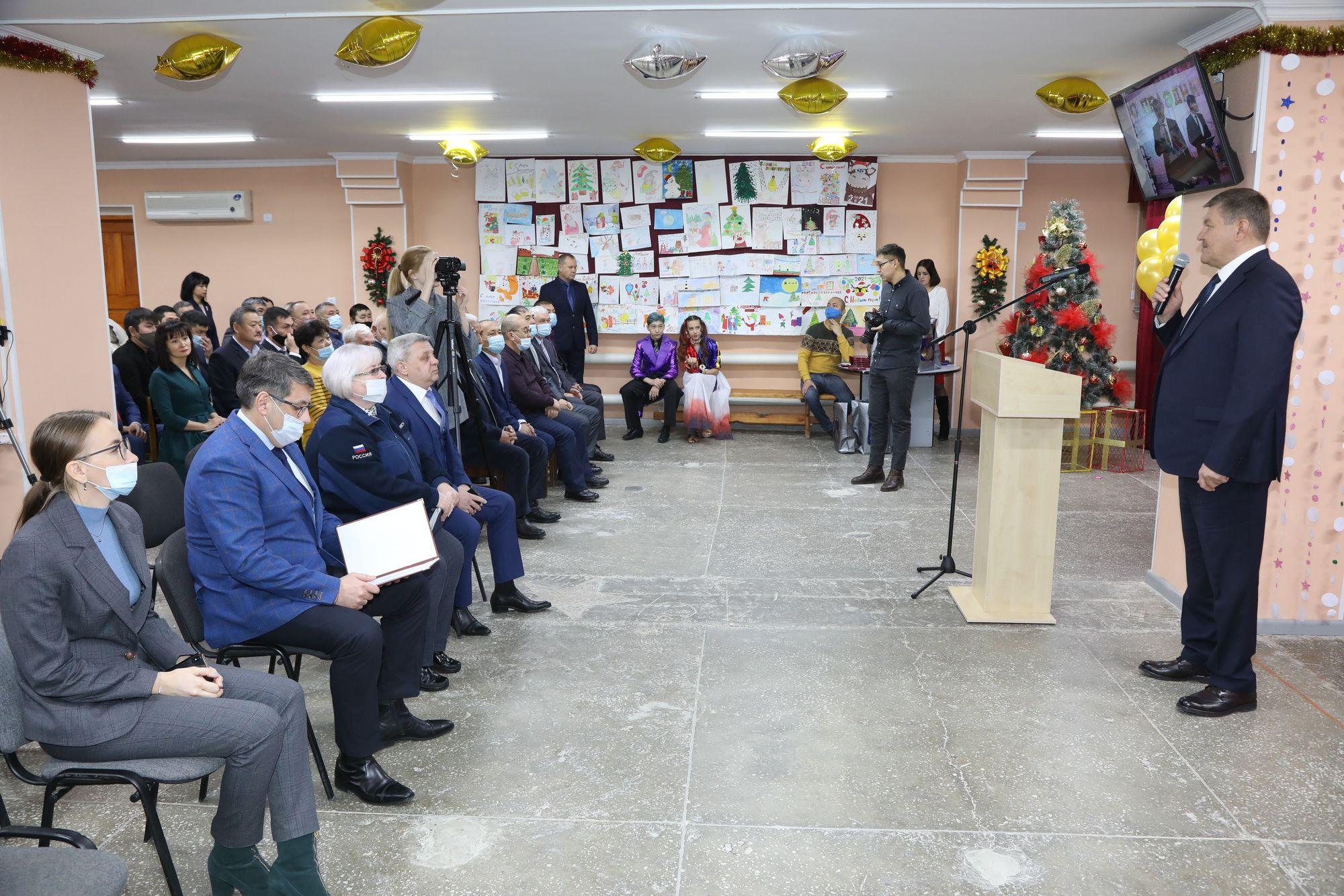Сотрудников предприятия «Байконурэнерго» поздравили с профессиональным праздником
