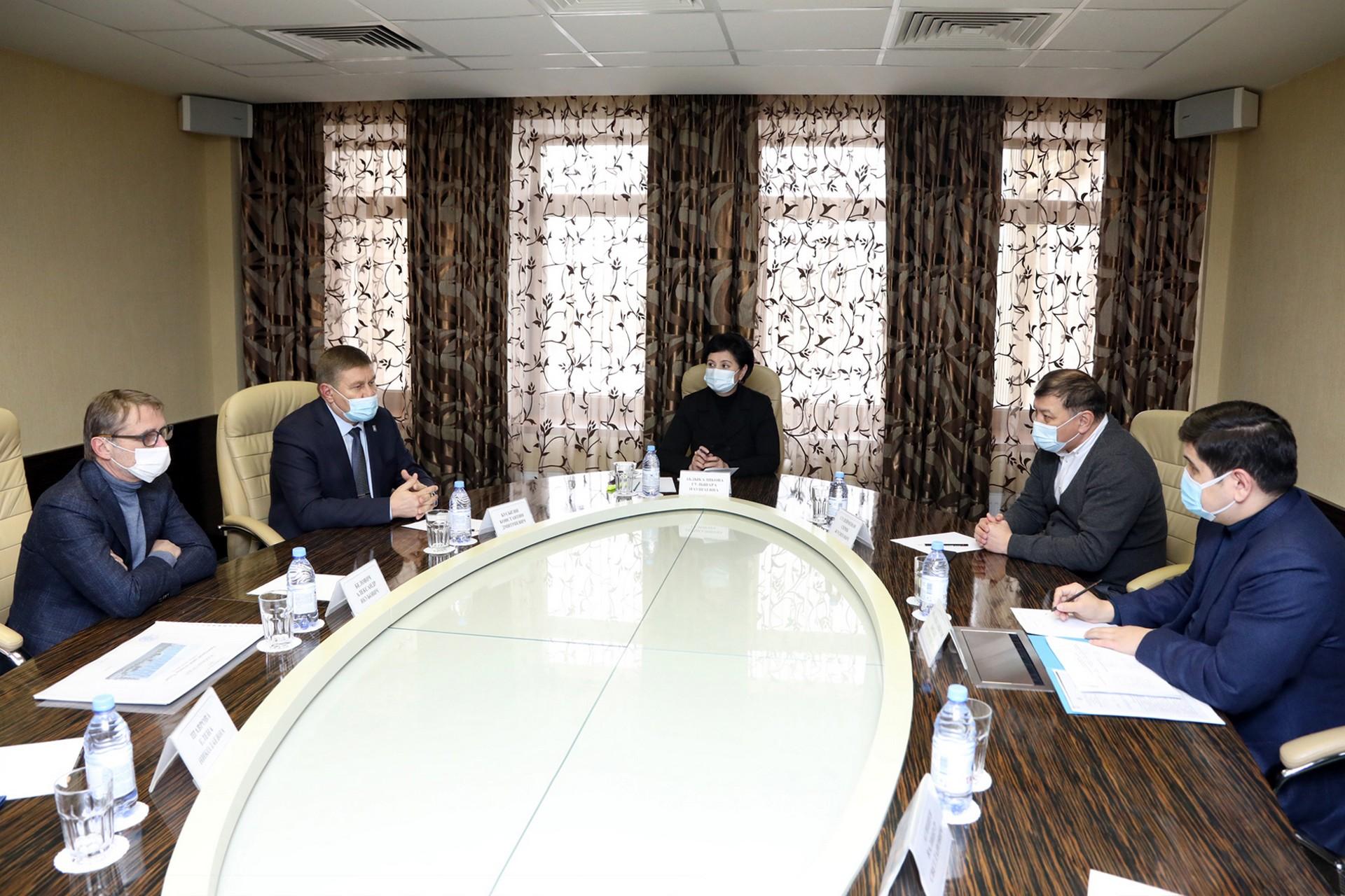 Состоялась рабочая встреча по передаче инвестору гостиницы «Россия» для проведения её реконструкции.