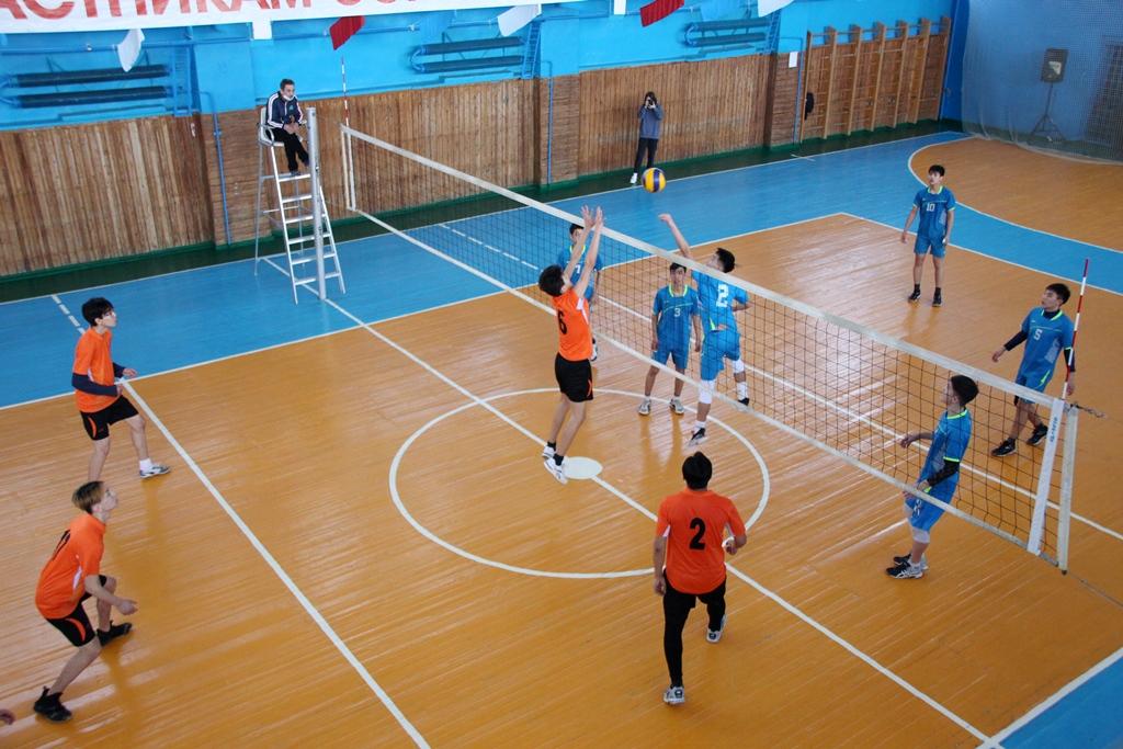 Подведены итоги первенства города Байконура по волейболу среди юношей и девушек