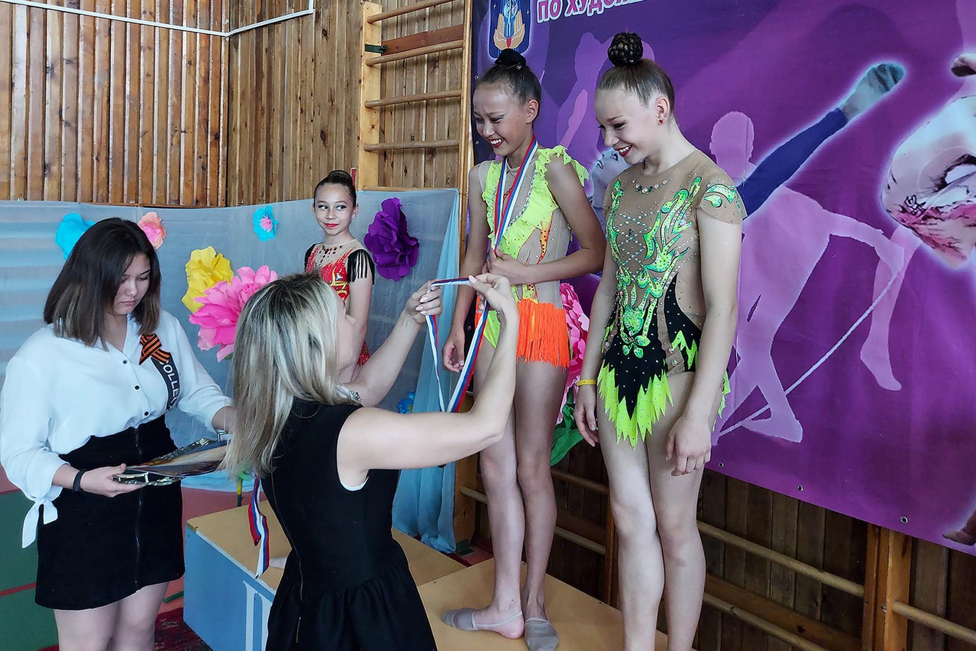 Определены лучшие спортсменки в рамках городского первенства по художественной гимнастике