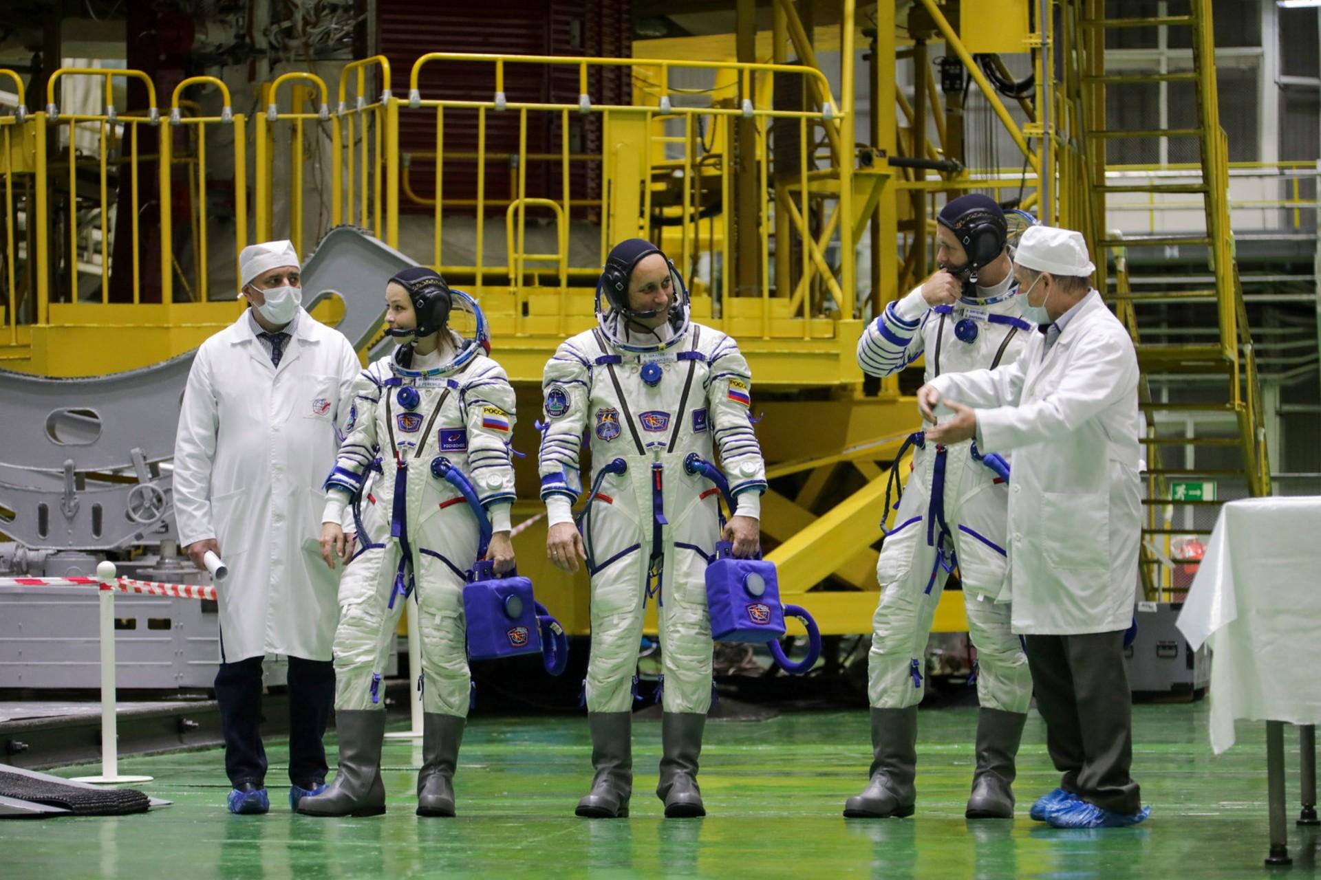 Первый день тренировочных занятий на космодроме Байконур
